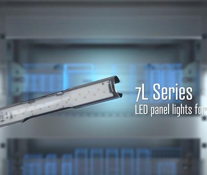 FINDER SERIES 7L Panel Light